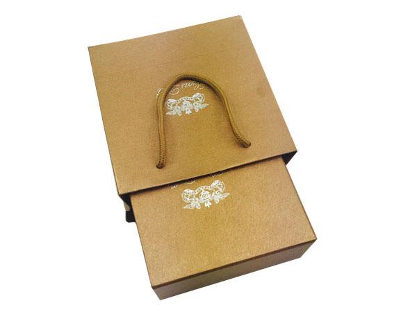 高档商务手提袋包装盒设计定制