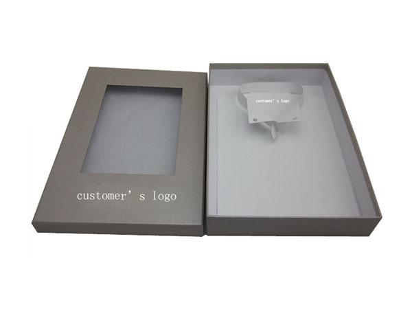 高档PVC窗口服饰包装盒定制