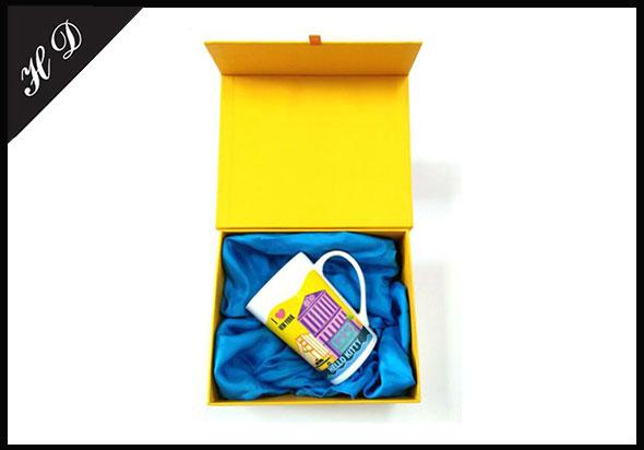 高档单色马克杯包装礼盒定制