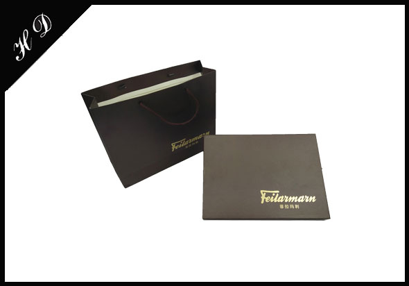 围巾纸盒包装盒定制厂家_手提袋式设计