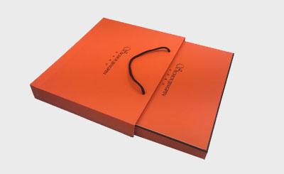 高档围巾手提袋包装盒定制